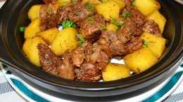 土豆別再切絲炒著吃了,換個花樣,上桌被搶光,不要太香了