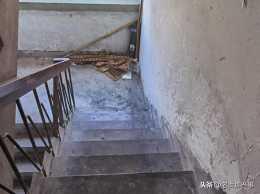 """杭州老小區的頂樓值不值得買?真的像""""再窮也不買頂樓""""這樣麼"""