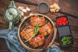 你知道大閘蟹和食物相剋,不能一起吃呢?推薦香辣大閘蟹的做法