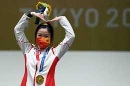 給河南捐3600萬,送奧運冠軍一套房,這家寧波服裝企業什麼來頭?