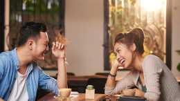 """當你出現這些""""身體語言""""時, 是潛意識在告訴你, 你已經愛上了他"""