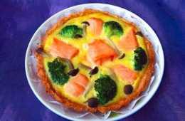 教你製作鮭魚西蘭花蛋奶糕,奶香濃郁口感軟綿,補充維生素身體好